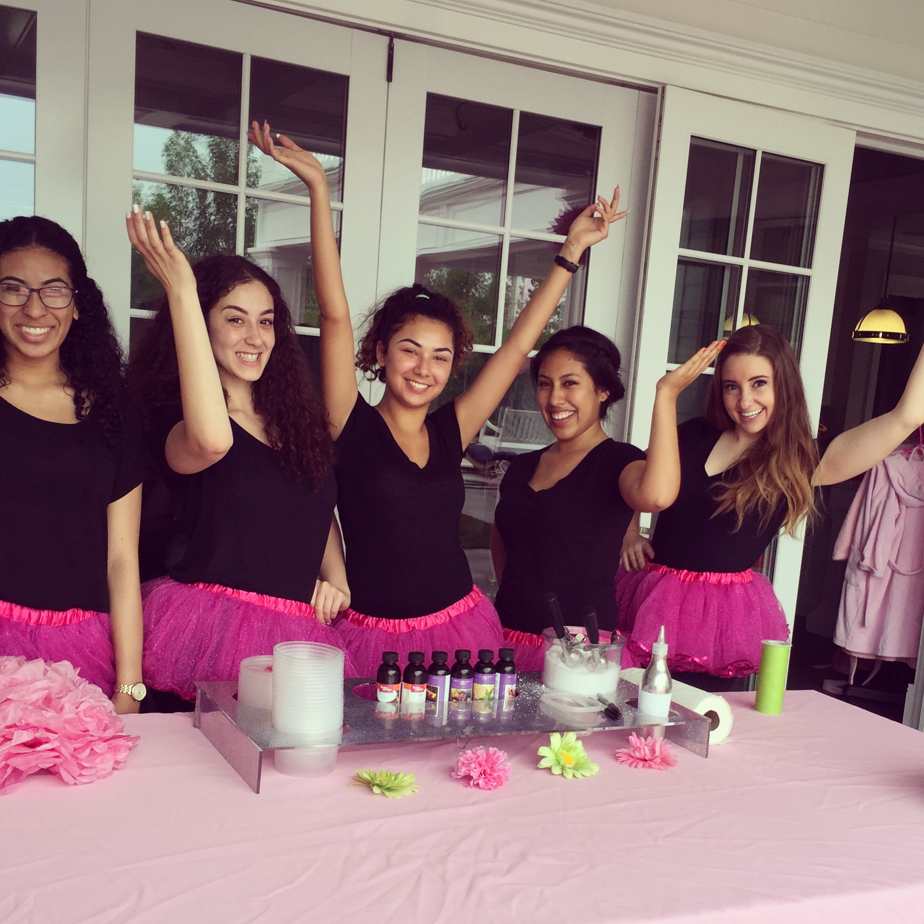 Our Fabulous Diva Girlz Party Hostesses Bring The To You